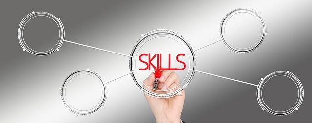 将来の転職と副業に役立つ市場価値の高いスキル4選